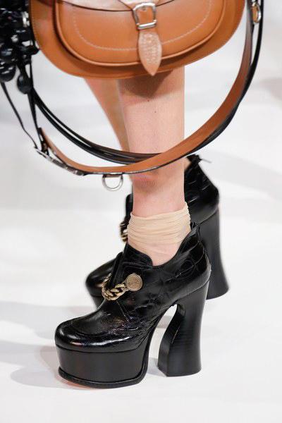 maison-margiela-shoes-spring-2017-paris-18