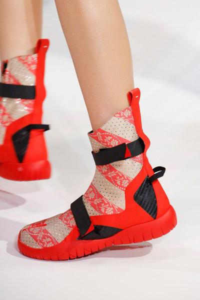 maison-margiela-shoes-spring-2017-paris-20