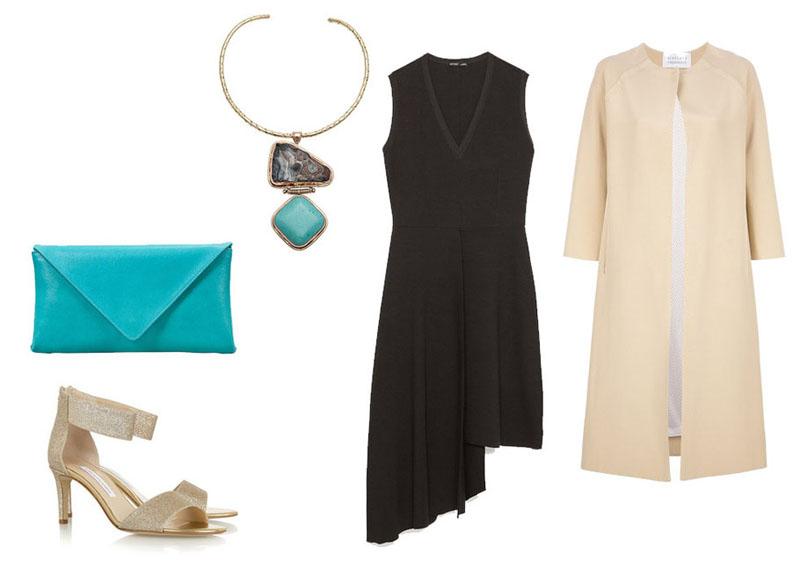 Комплект одежды: черное платье, голубая сумочка, колье, бежевые босоножки