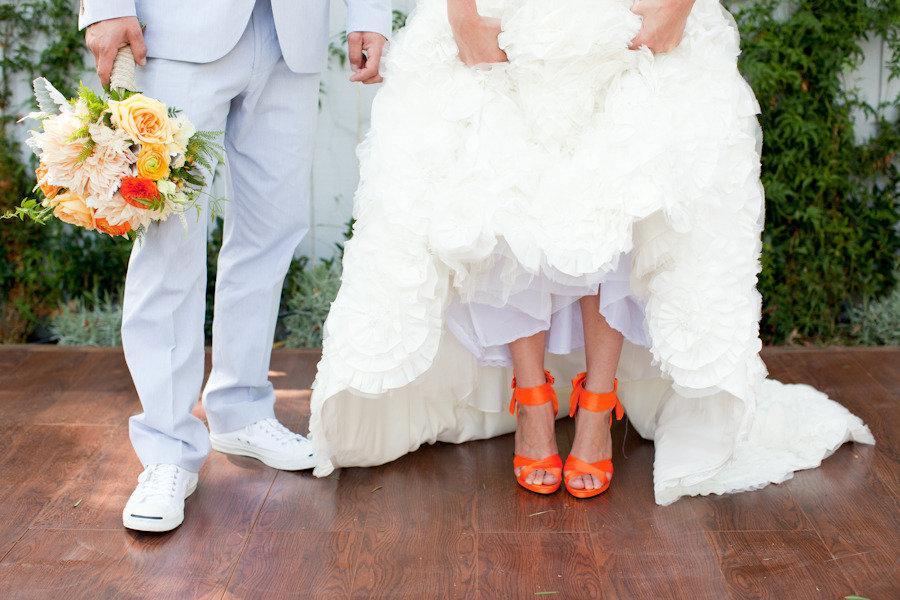 Яркие свадебные женские туфли