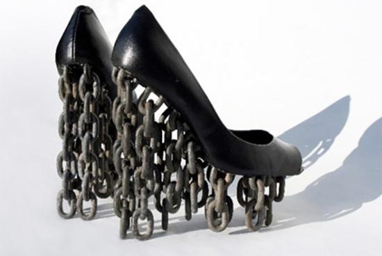 Черные необычные туфли