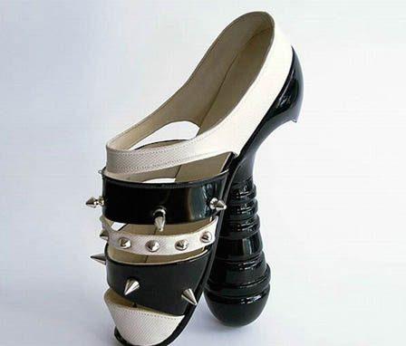 странные и необычные туфли