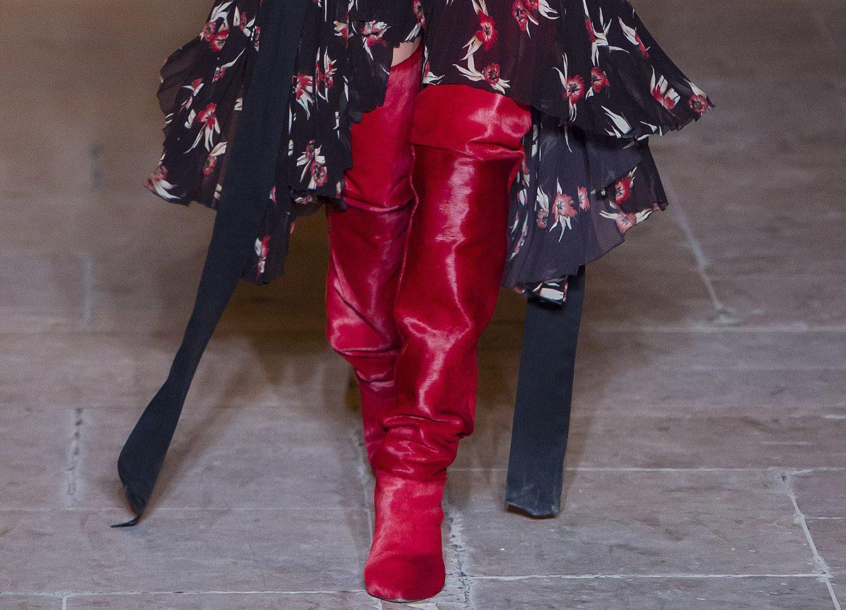 Красные сапоги от Isabel Marant