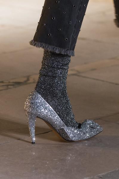 Серебристые туфли от Isabel Marant осень-зима 2017-2018