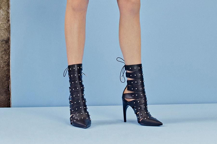 Новая коллекция обуви Versace Resort 2018