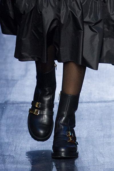 d2afccdf1c56 Ниже представлены эти и другие модели обуви от «Кристиан Диор» из коллекции  осень-зима 2017 2018, представленные на Парижской Неделе моды. Нажмите на  фото