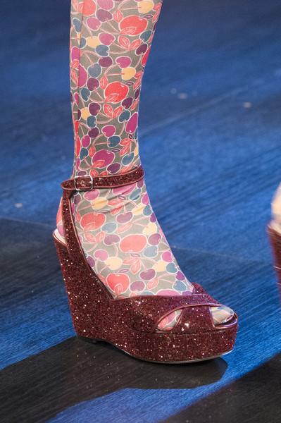 бордовые туфли от Anna Sui
