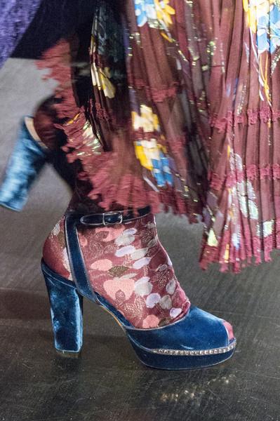 Синие туфли от Anna Sui