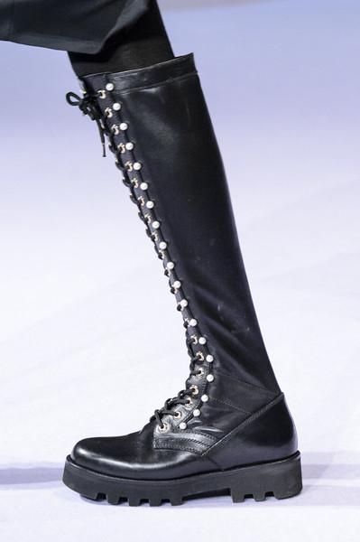 Черные сапоги от Altuzarra