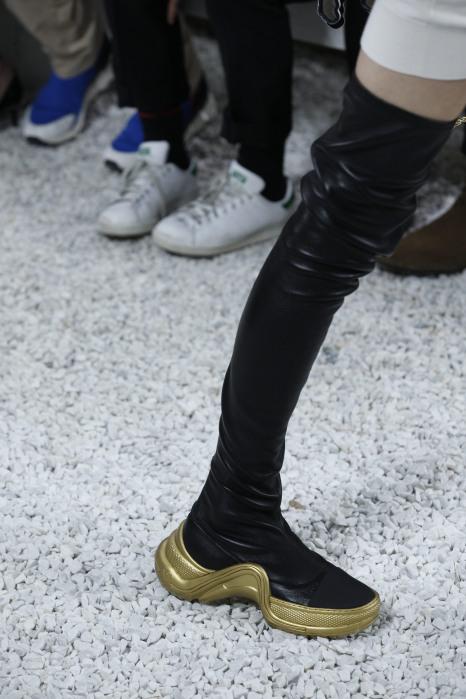 черные комбинированные сапоги от Louis Vuitton 2019