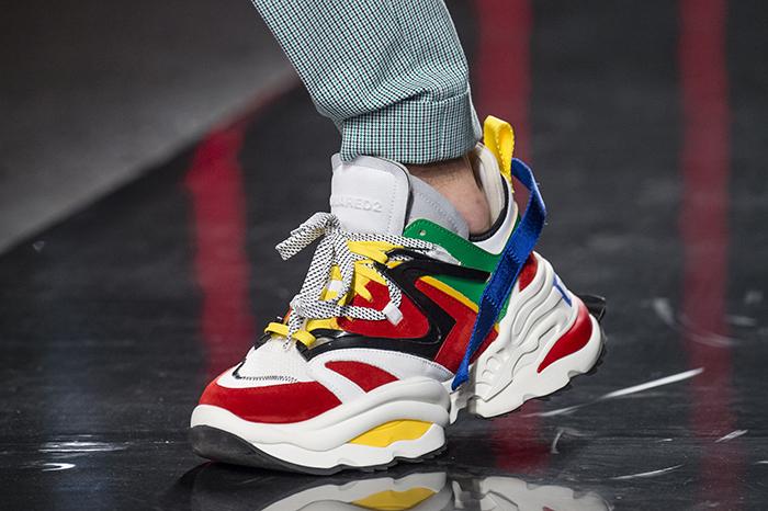яркие кроссовки от Dsquared2