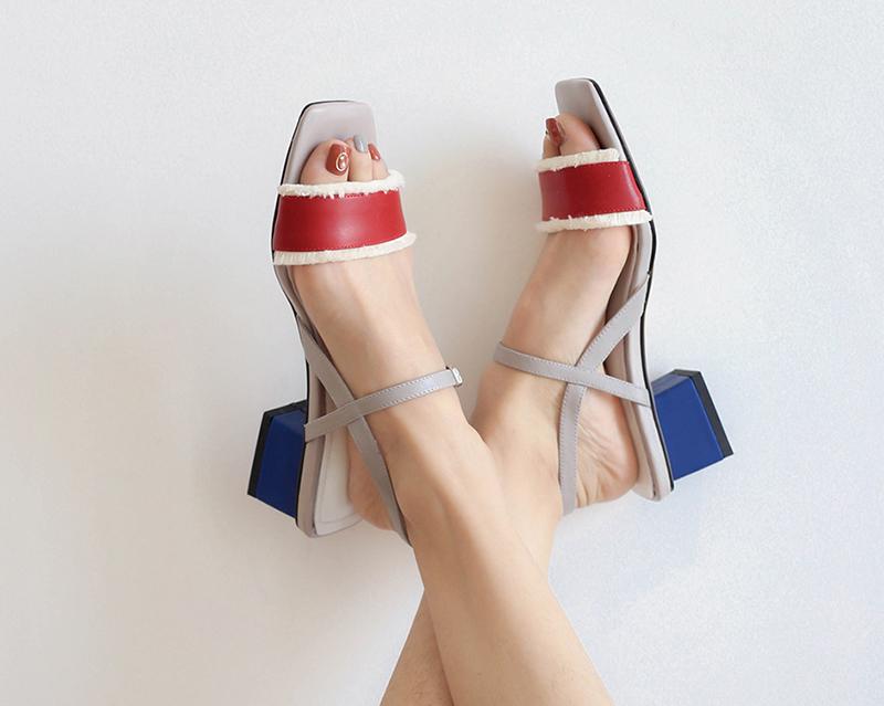 босоножки красно-синие