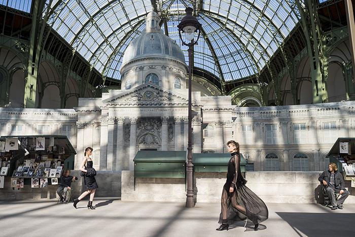 Показ обуви Chanel осень 2018