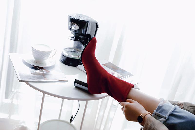 красные сапоги носки осень 2018