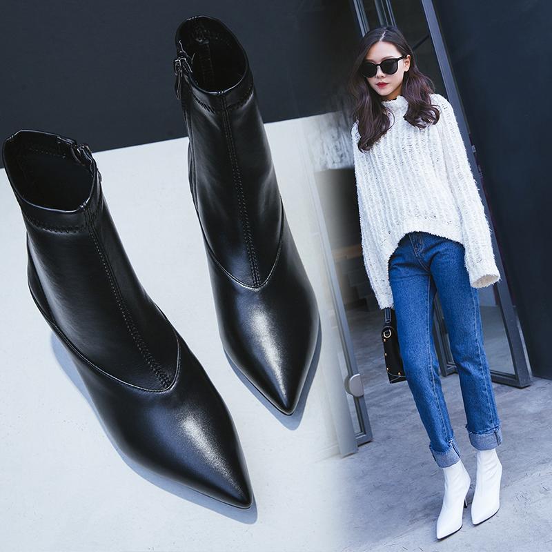 черные сапоги носки с заостренным мыском