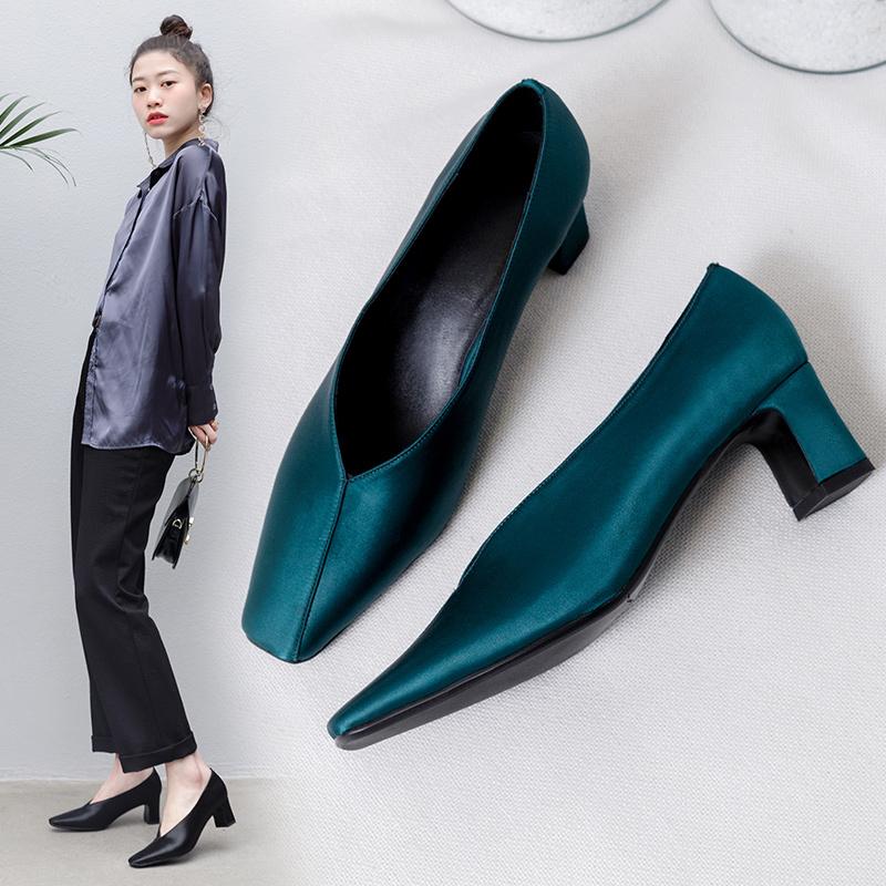 Черные и синие лодочки FAIRLEE с квадратным носком