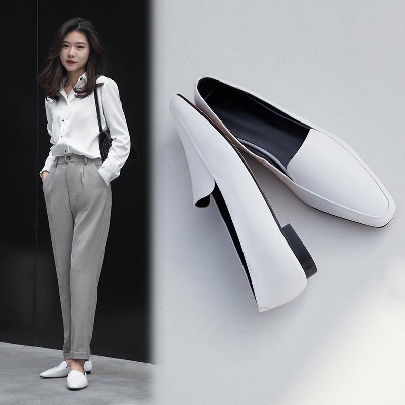 Белые мокасины EDEVA на плоском каблуке